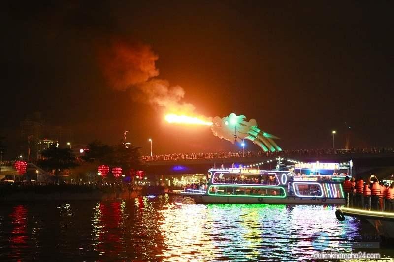Kinh nghiệm du lịch Đà Nẵng chiêm ngưỡng siêu phẩm rồng phun lửa