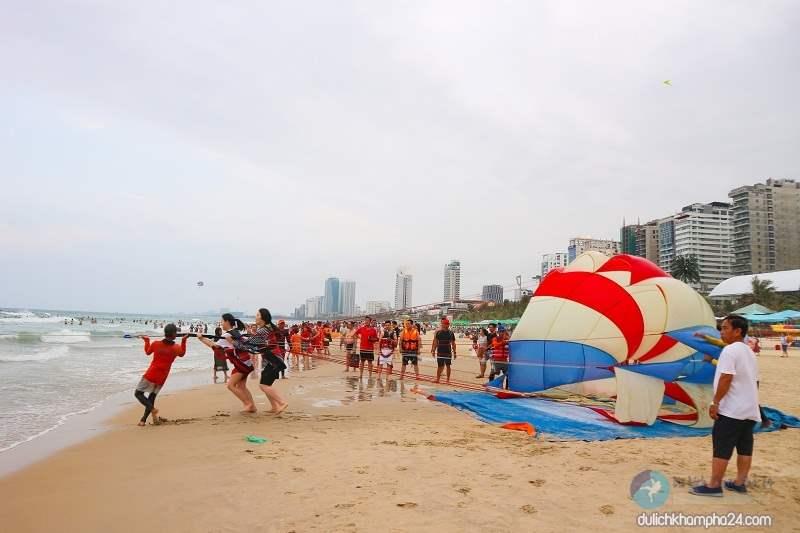 Bãi tắm mỹ khê Đà Nẵng lọt top 6 bãi biển quyến rũ nhất hành tinh