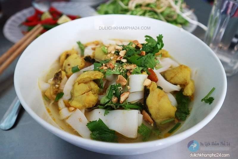 Du lịch Đà Nẵng thưởng thức món đặc sản Mỳ Quảng