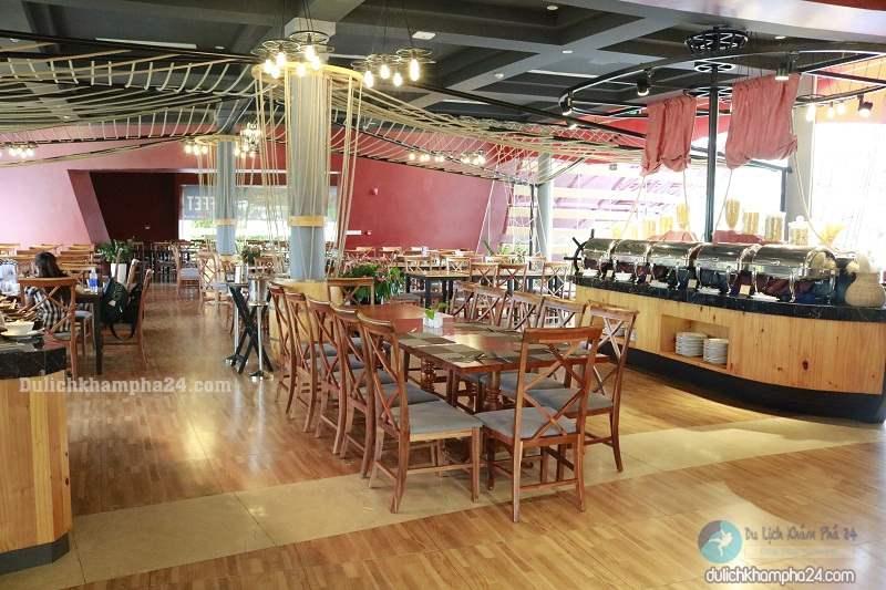 Nhà hàng Buffet Deliland trong Vinpearl Land Nam Hội An có giá 288k