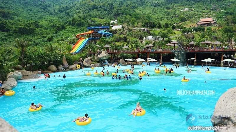 Du lịch Đà Nẵng khám phá ngay công viên suối khoáng nóng Núi Thần Tài
