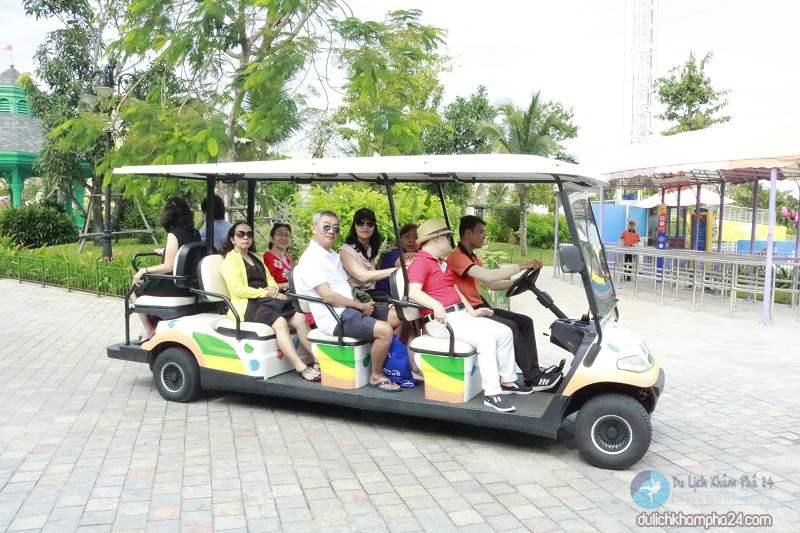 Xe điện trong Vinpearl Nam Hội An
